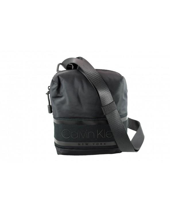 Torebka CALVIN KLEIN - K50K505377 BAX czarny